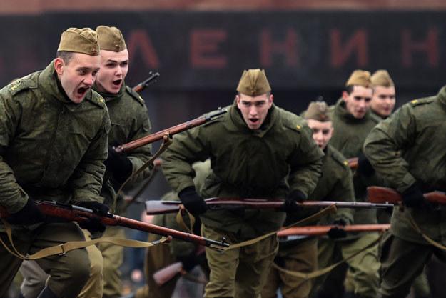 W manewrach bierze udział 2 tysiące żołnierzy (zdjęcie ilustracyjne) fot. Kirill Kudryavtsev /AFP