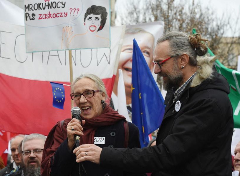 W manifestacji udział wzięła m.in. aktorka Maja Komorowska /Radek Pietruszka  (PAP) /PAP