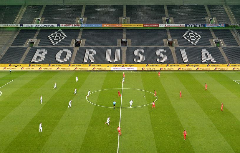 W marcu mecz Borussia Moenchengladbach - FC Koeln odbył się bez udziału kibiców /Ralf Treese/DeFodi Images /Getty Images