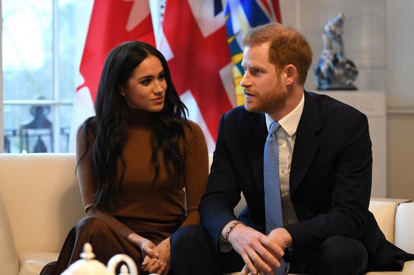 W mediach pojawiały się spekulacje, że to Meghan stała za decyzją pary o wycofaniu się z pełnienia oficjalnych obowiązków /Aaron Chown  /Getty Images