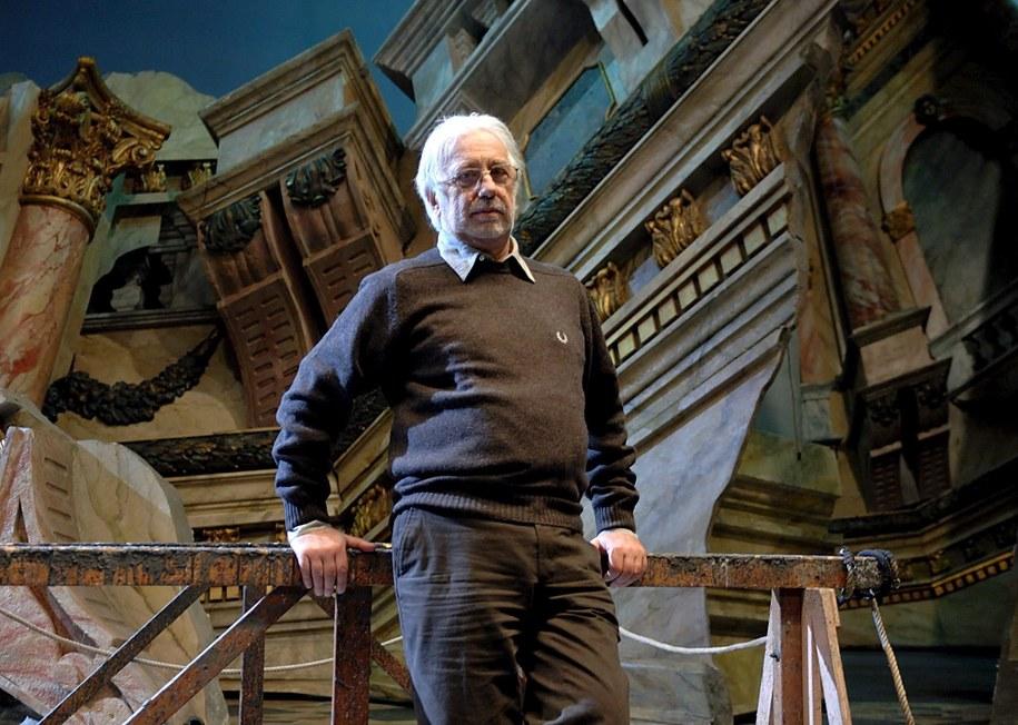 W Mediolanie w wieku 82 lat zmarł wybitny włoski reżyser teatralny i aktor Luca Ronconi /GUILLERMO MENDO /PAP/EPA