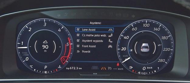 """W menu """"Asystenci"""" aktywuje się lub wyłącza poszczególne systemy bezpieczeństwa. /Motor"""