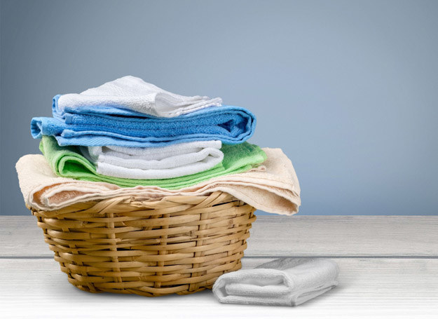 W mięciutkich ręcznikach też się czają bakterie... /123RF/PICSEL