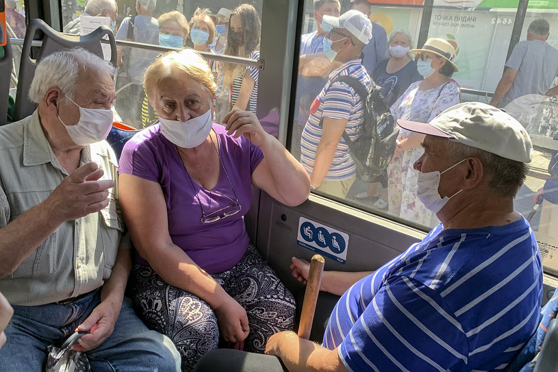 W miejscach publicznych wciąż należy nosić maseczki, 29 lipca, Ukraina /Maxym Marusenko/NurPhoto /Getty Images