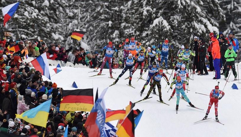 W miniony weekend biathlonistki trasie zwodów PŚ w Ruhpolding, jakie rozegrano w miniony weeken. /AFP