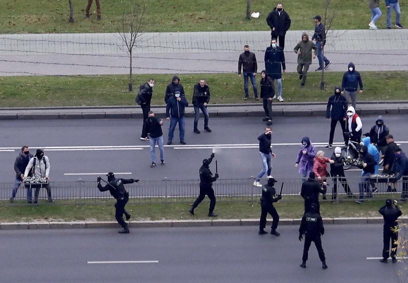 W Mińsku trwają protesty; zdj. z 11 października 2020 roku /EPA/STR /PAP