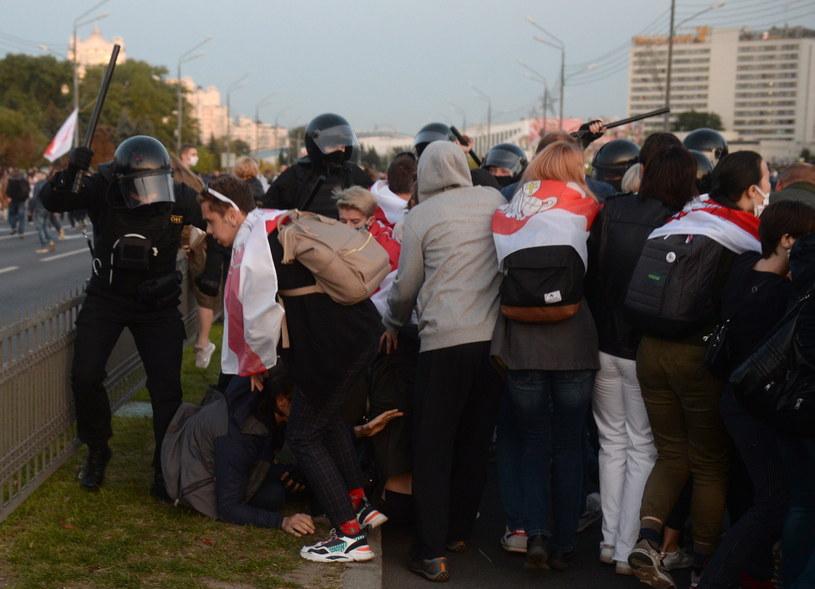 W Mińsku trwają zatrzymania protestujących / STR   /PAP/EPA