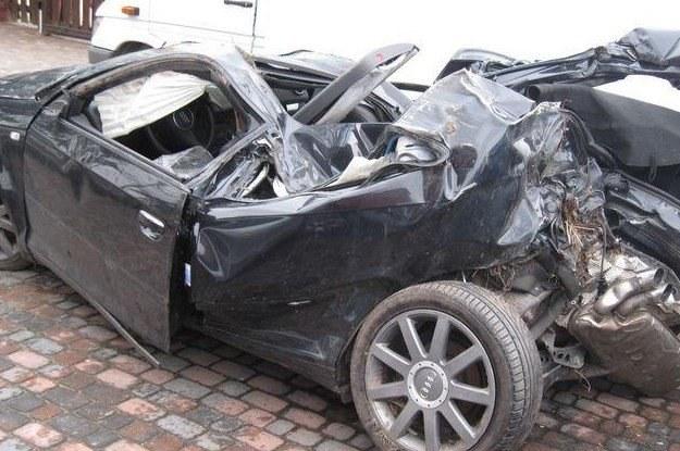 W myśl polskiego prawa, póki nie trafi na złom, to wciąż pełnoprawne auto /