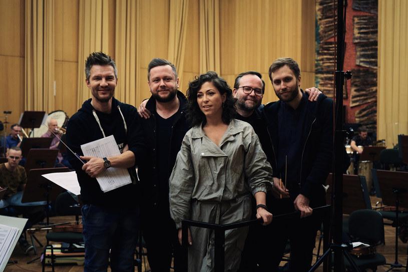"""W nagranie """"Czułych strun"""" twórczo i wykonawczo zaangażowanych było blisko 100 osób /materiały prasowe"""