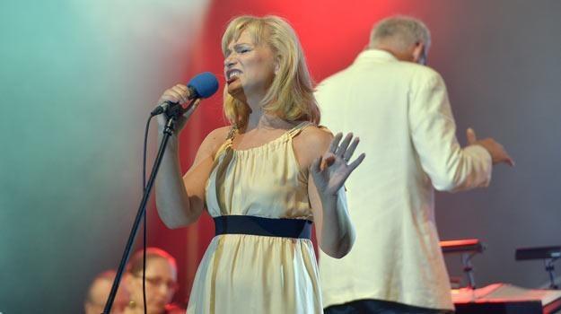W najbliższą niedzielę Katarzyna Żak zaprezentuje się publiczności jako piosenkarka /AKPA