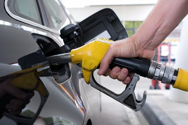 W najbliższych miesiącach na polskich stacjach paliw ceny będą rosnąć /©123RF/PICSEL