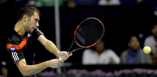 W najnowszym rankingu ATP World Tour Jerzy Janowicz awansował z 15. na 14. miejsce /MANUEL BRUQUE    /PAP/EPA