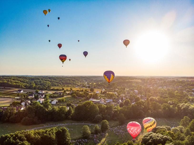 W Nałęczowie odbywają się międzynarodowe zawody balonowe /Bartlomiej Wojtowicz/REPORTER /Reporter