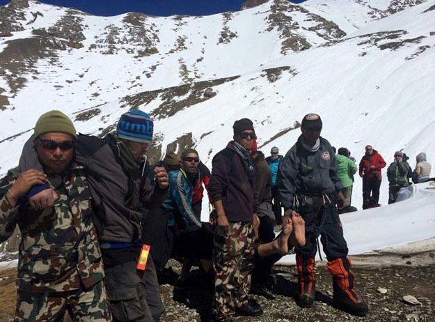 W Nepalu zginęła m.in. trójka polskich turystów fot. Nepal Army /AFP