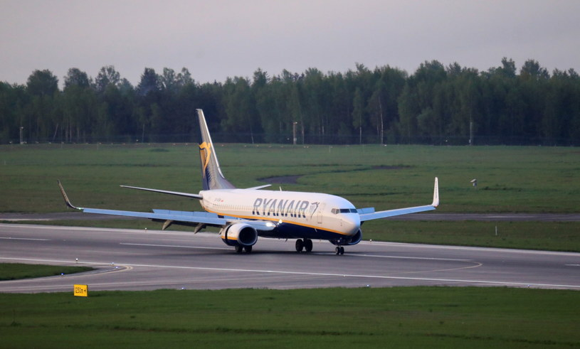 W niedzielę samolot linii Ryanair lecący z Aten do Wilna został zmuszony do lądowania w stolicy Białorusi /STRINGER /PAP/EPA