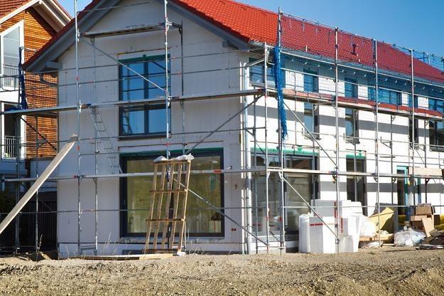 W niedzielę wejdzie w życie nowelizacja prawa budowlanego /©123RF/PICSEL