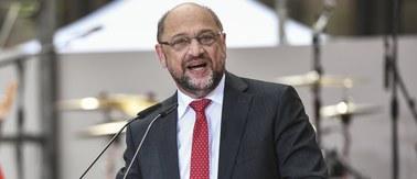 W niedzielę wybory w Niemczech. Schulz zmniejsza dystans do Merkel