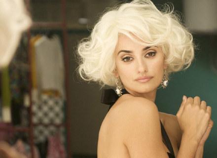 W nowym filmie Pedro Almodovara aktorka przechodzi metamorfozę /materiały dystrybutora