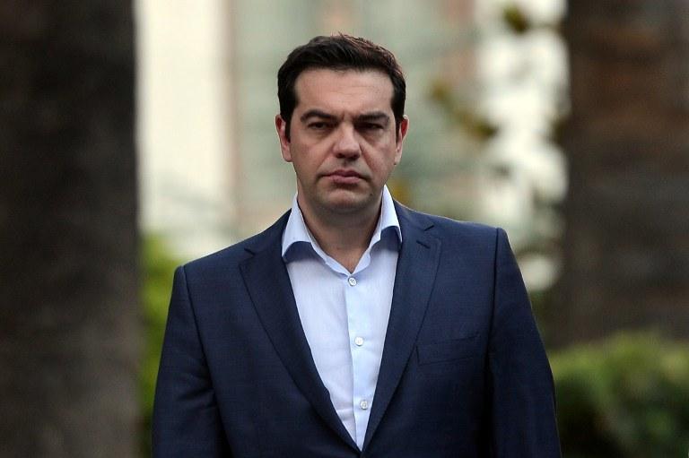 W ocenie eksperta, premier Cipras okazał się bardzo zręcznym graczem na unijnych salonach /LOUISA GOULIAMAKI / AFP /AFP