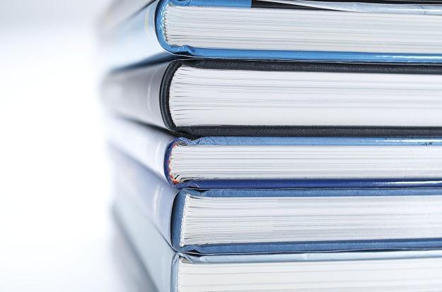W opinii Polskiej Izby Książki należy się spodziewać załamania tradycyjnego rynku dystrybucji dzieł /©123RF/PICSEL