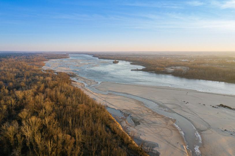 W ostatnich latach praktycznie co roku mamy w Polsce suszę hydrologiczną i hydrogeologiczną /Lukasz Szczepanski /Reporter