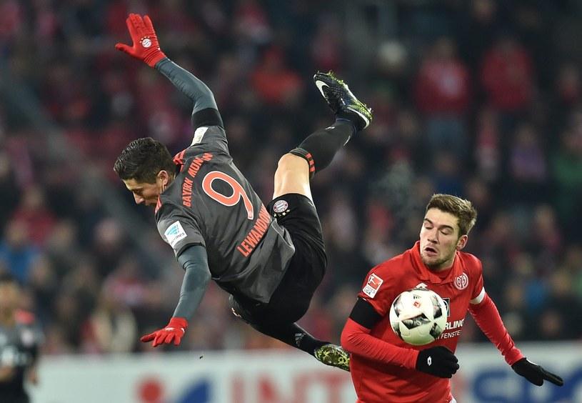 W ostatnim ligowym meczu Robert Lewandowski strzelił dwa gole FSV Mainz 05 /PAP/EPA