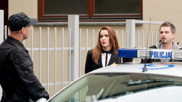 """W ostatnim odcinku telenoweli """"Julia"""" Monika (Marta Żmuda Trzebiatowska) trafi do aresztu! /Agencja W. Impact"""