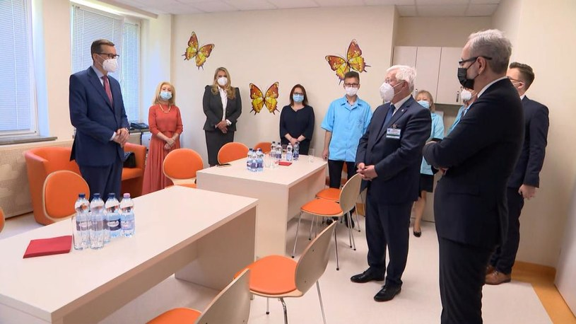 W otwarciu Centrum Chorób Rzadkich im. Fundacji Polsat wzięli udział m.in. premier i minister zdrowia /Polsat News