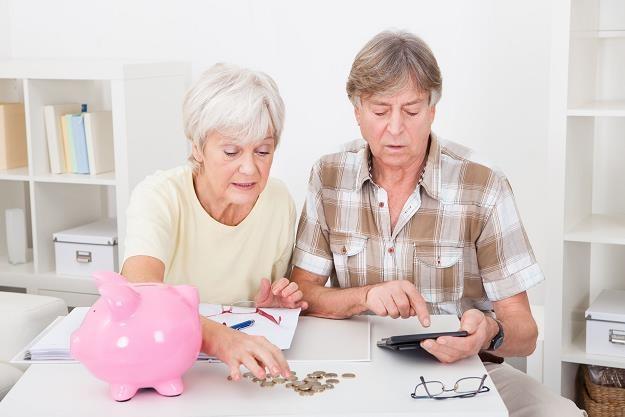 W październiku na emeryturę odejdzie 330 tys. osób /©123RF/PICSEL