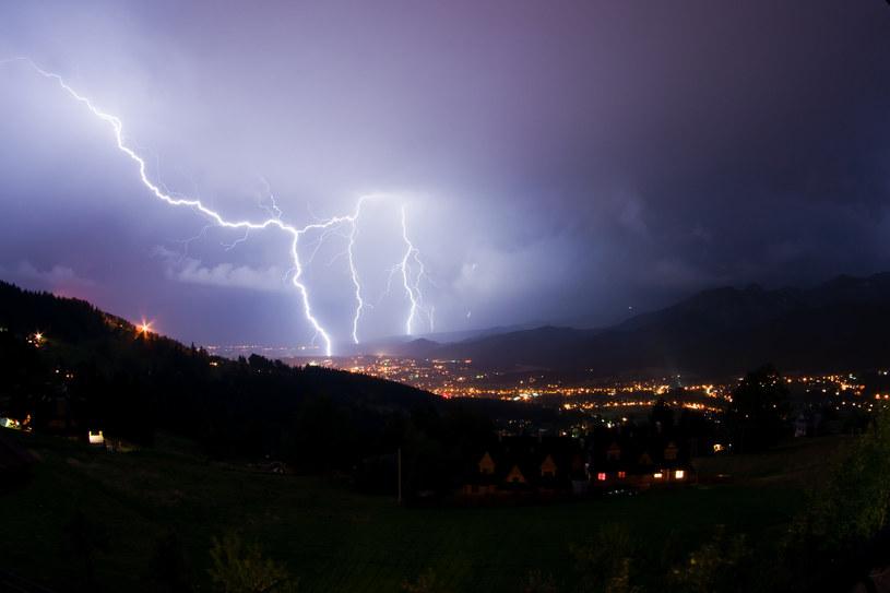 W piątek burze będą w całym kraju /123RF/PICSEL