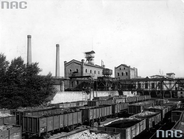 W pierwszej połowie 1925 roku eksport węgla do Niemiec wynosił 2,7 mln ton, w drugim półroczu zaledwie 18 tysięcy ton /Z archiwum Narodowego Archiwum Cyfrowego