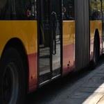W Płocku pod kołami autobusu zginął 71-latek. Kierowca go nie zauważył