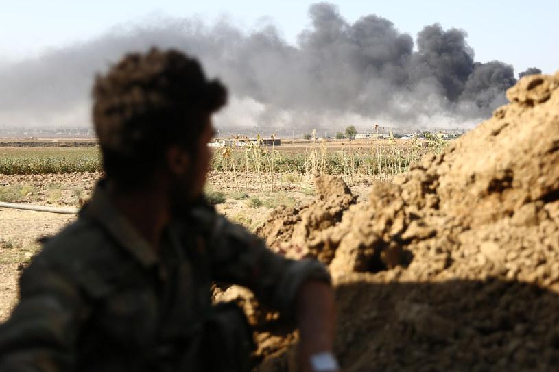 W pobliżu obozu Ain Issa toczą się starcia między siłami kurdyjskimi a syryjskimi sojusznikami Turcji /Nazeer al-Khatib /AFP