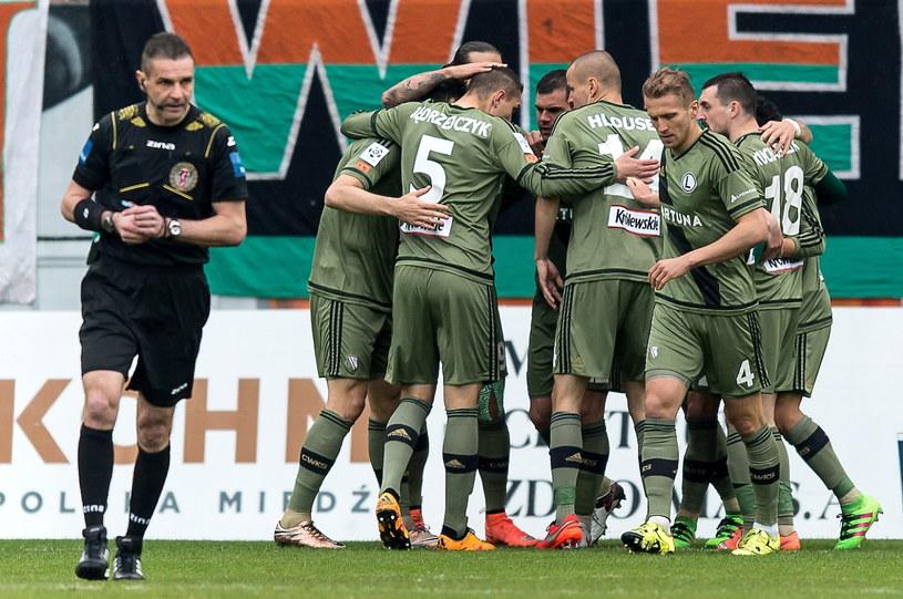 W półfinale Puchar Polski Legia zmierzy się z Zawiszą Bydgoszcz /Fot. Maciej Kulczyński /PAP