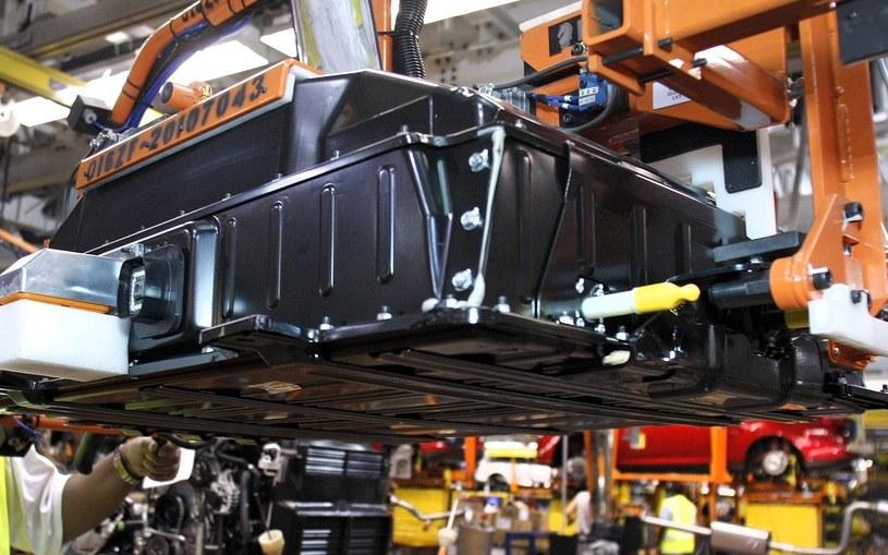 W Polsce będą produkowane akumulatory do aut elektrycznych /Getty Images