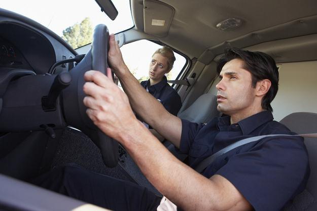 W Polsce brakuje profesjonalnych kierowców /© Panthermedia