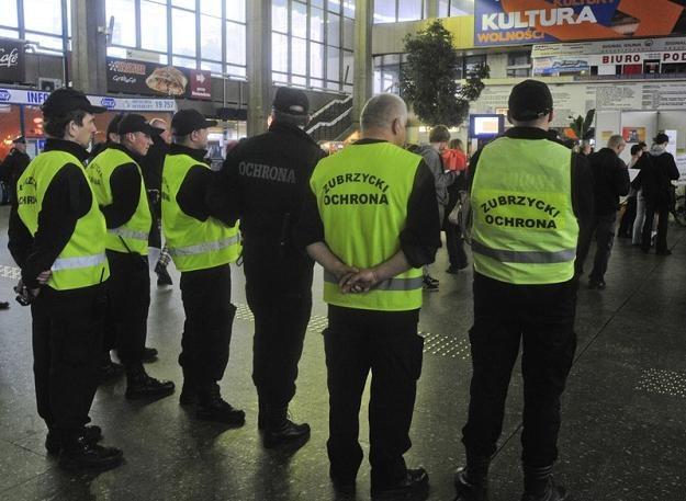 W Polsce jest 300 tys. ochroniarzy, czyli trzy razy więcej niż policjantów. Fot. Włodzimierz Wasyluk /Reporter