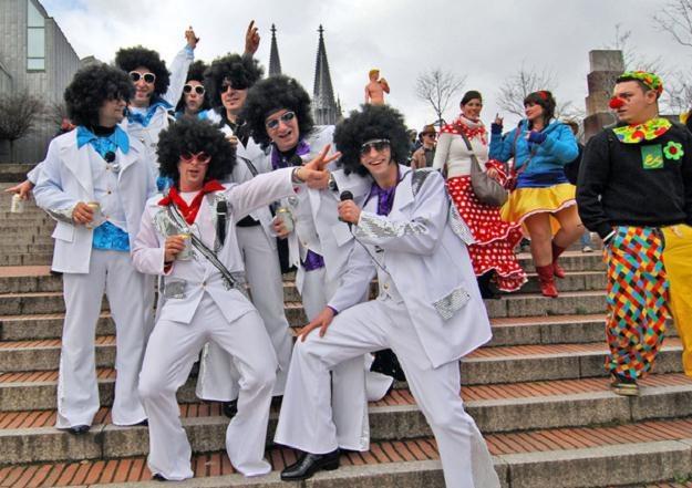 W Polsce jest około 30 naśladowców Elvisa Presleya /AFP