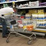 W Polsce na mleku nie da się zarobić. Sieci handlowe wymuszają niskie ceny na producentach