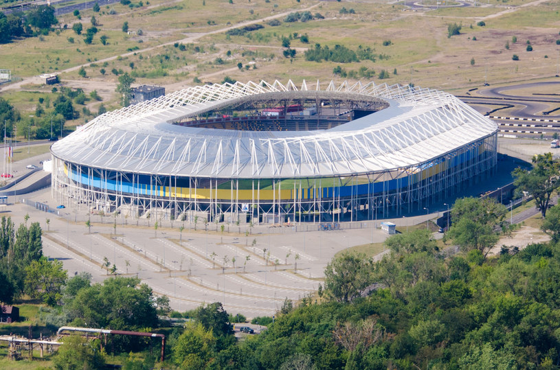 W Polsce nie brakuje znakomitych aren żużlowych. Tak prezentuje się Motoarena w Toruniu /Łukasz Piecyk/Reporter /East News