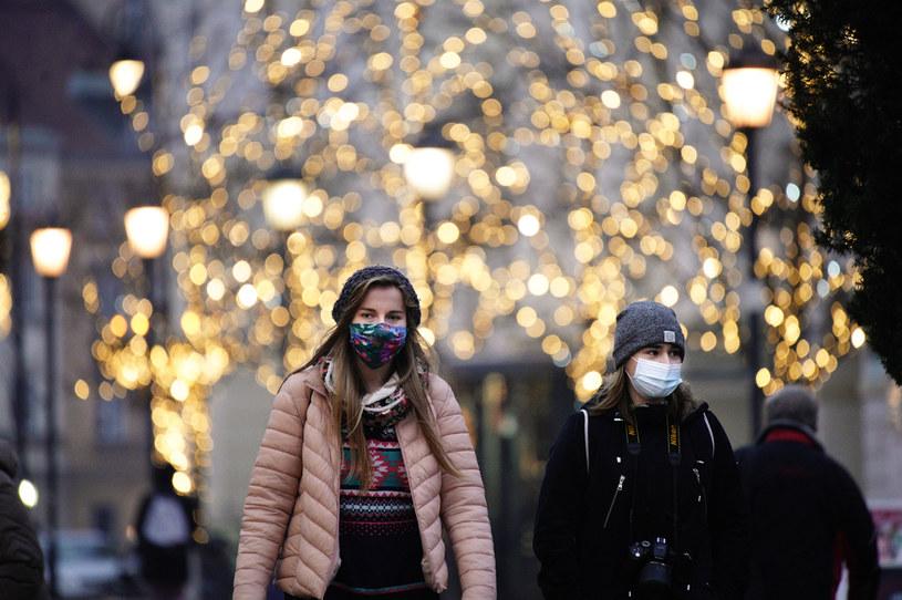 W Polsce od 28 grudnia do 17 stycznia obowiązuje narodowa kwarantanna /Jaap Arriens/NurPhoto /Getty Images