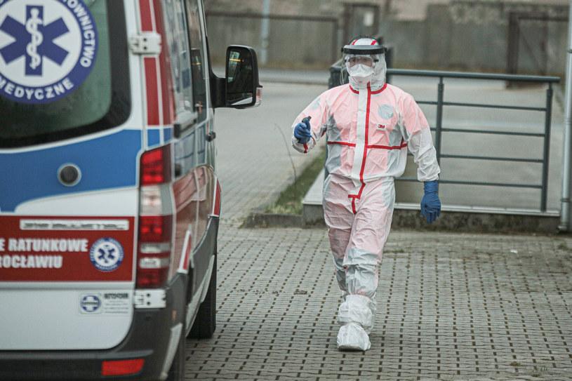 W Polsce przybywa przypadków zakażeń, zdj. ilustracyjne /Krzysztof Zatycki/NurPhoto /Getty Images