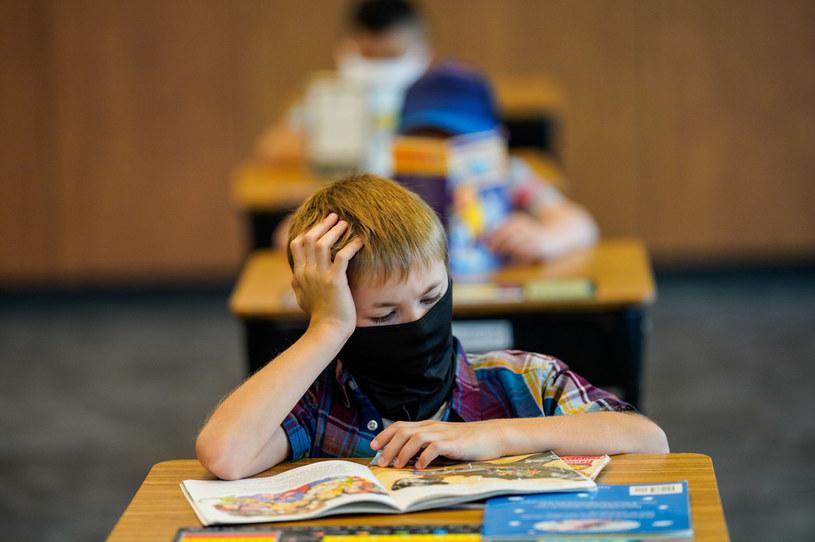 W Polsce rodzice i uczniowie mogą wybrać model szkoły. Wiele rodzin decyduje się na szkołę  opierającą się na modelu Montessori /Getty Images