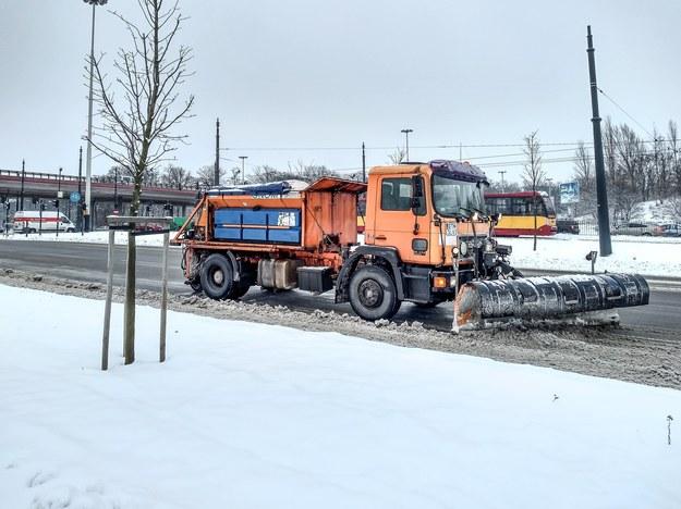 W Polsce spadł śnieg, a w ostatnich latach to nie jest oczywiste... /Marcin Jurkiewicz /East News