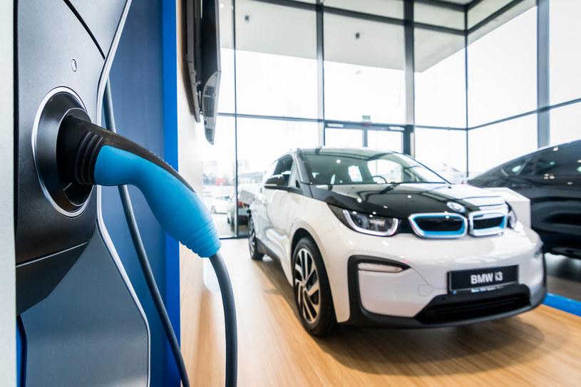 W Polsce sprzedaż aut elektrycznych właściwie nie istnieje /Polska Press /East News