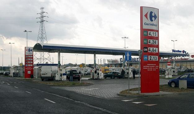 W Polsce stacje przymarketowe nie są aż tak popularne / Fot: Mariusz Grzelak /Agencja SE/East News