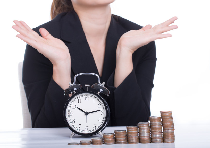 W Polsce zarabia się prawie 27 zł za godzinę /123RF/PICSEL