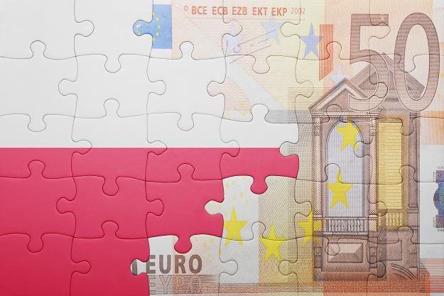 W Polsce zostaną trzy duże banki? /©123RF/PICSEL