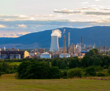 W polskich rafineriach coraz więcej ropy spoza Rosji