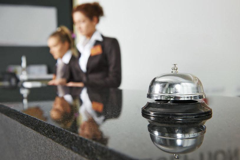 W polskiej gospodarce zagrożone najbardziej są sektory: hotelarstwo i usłgi gastronomiczne /123RF/PICSEL